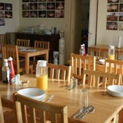 Eden's Lakes - Delicious food on site