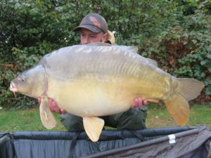 Catch Report 8th Oct to 15th Oct 64.10lb mirror Banked